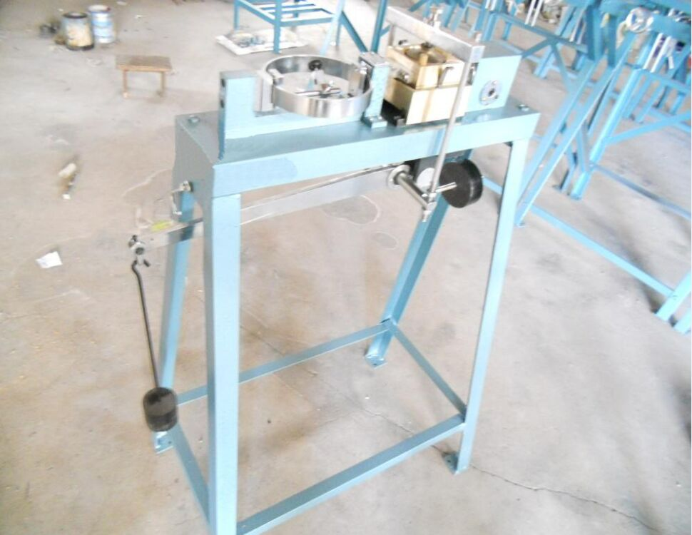 Motorized-Strain-Controlled-Shear-Apparatus-Good-Quality